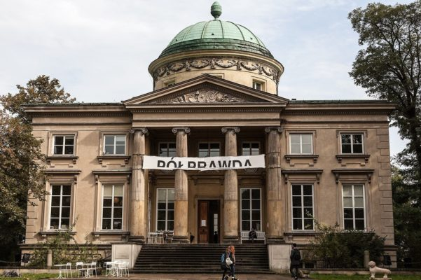 Poprawda | Half-Truth, Krolikarnia, Warschau 2017