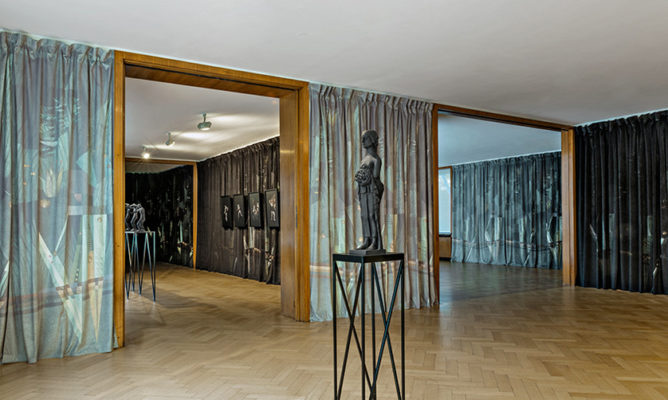 Jasmina Cibic, The Spirit of Our Needs, Museum Haus Esters 2017, Foto V. Dohne