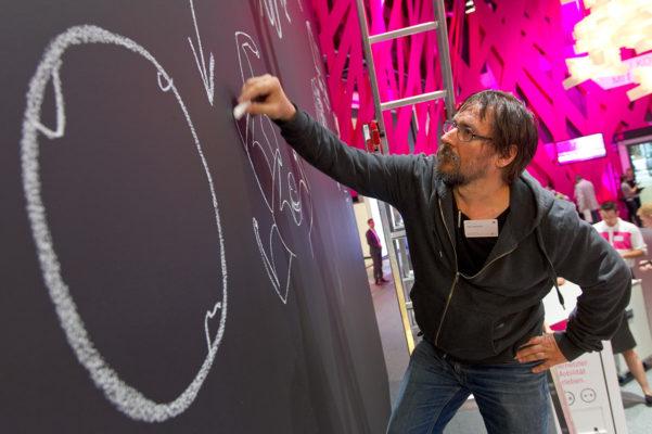 Dan Perjovschi, Chalk Reality, IFA 2012