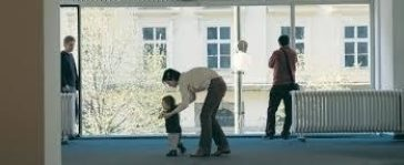 The Great Mother, Photo Roman Ondak, Teaching to walk 2002, © the artist and Joerg Johnen Collection Berlin