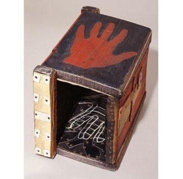 Paul Neagu,Tactile Object (Hand), © Tate London 2015