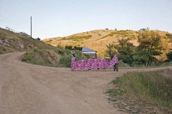 Nilbar Güreş, Cloth-Skirt, 2011, courtesy the artist, Rampa Gallery Istanbul and Galerie Martin Janda, Vienna.