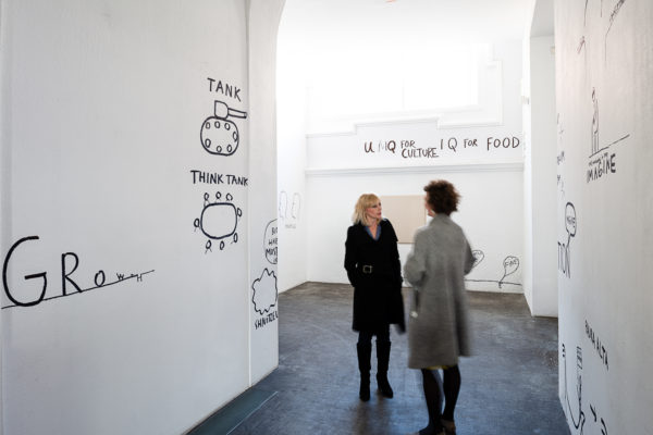 Installation view: ... of bread, wine, cars, security and peace, Kunsthalle Wien 2020, Dan Perjovschi, The Start Drawing and The End Drawing, 2020, courtesy the artist & Gregor Podnar Gallery, Berlin. Photo: Jorit Aust