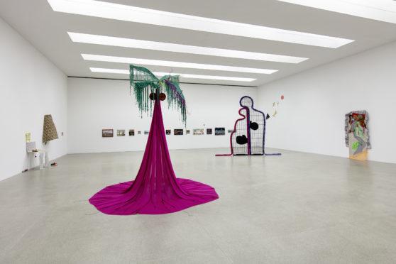 Nilbar Güreş, Sour as a Lemon, Kunsthaus Pasquart, 2021, Foto Stefan Rohner