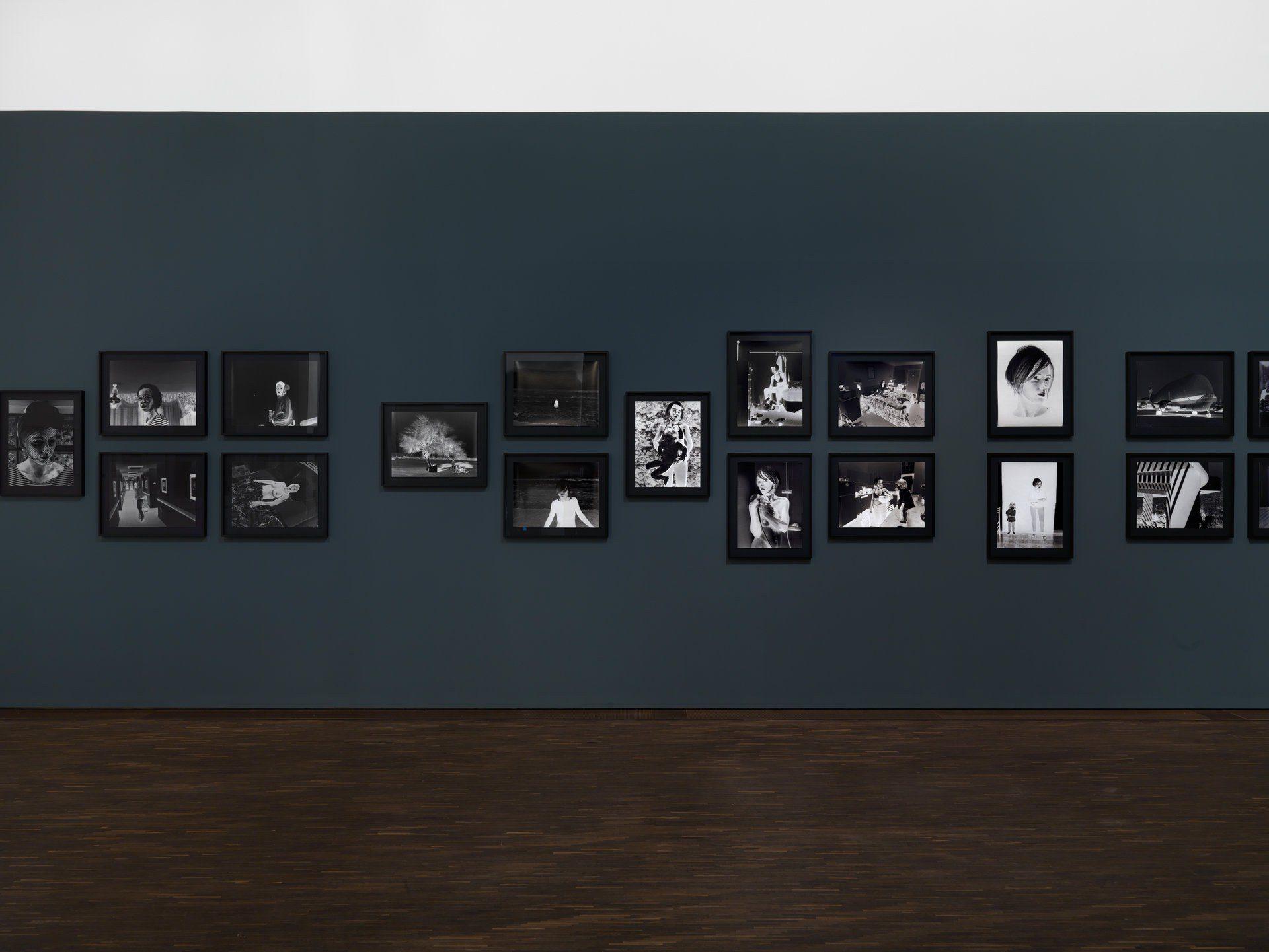 Aneta Grzeszykowska, Negative Book, 2012–2013, 'Fragile Sense of Hope' me Collectors Room, Berlin, Foto: Bernd Borchardt