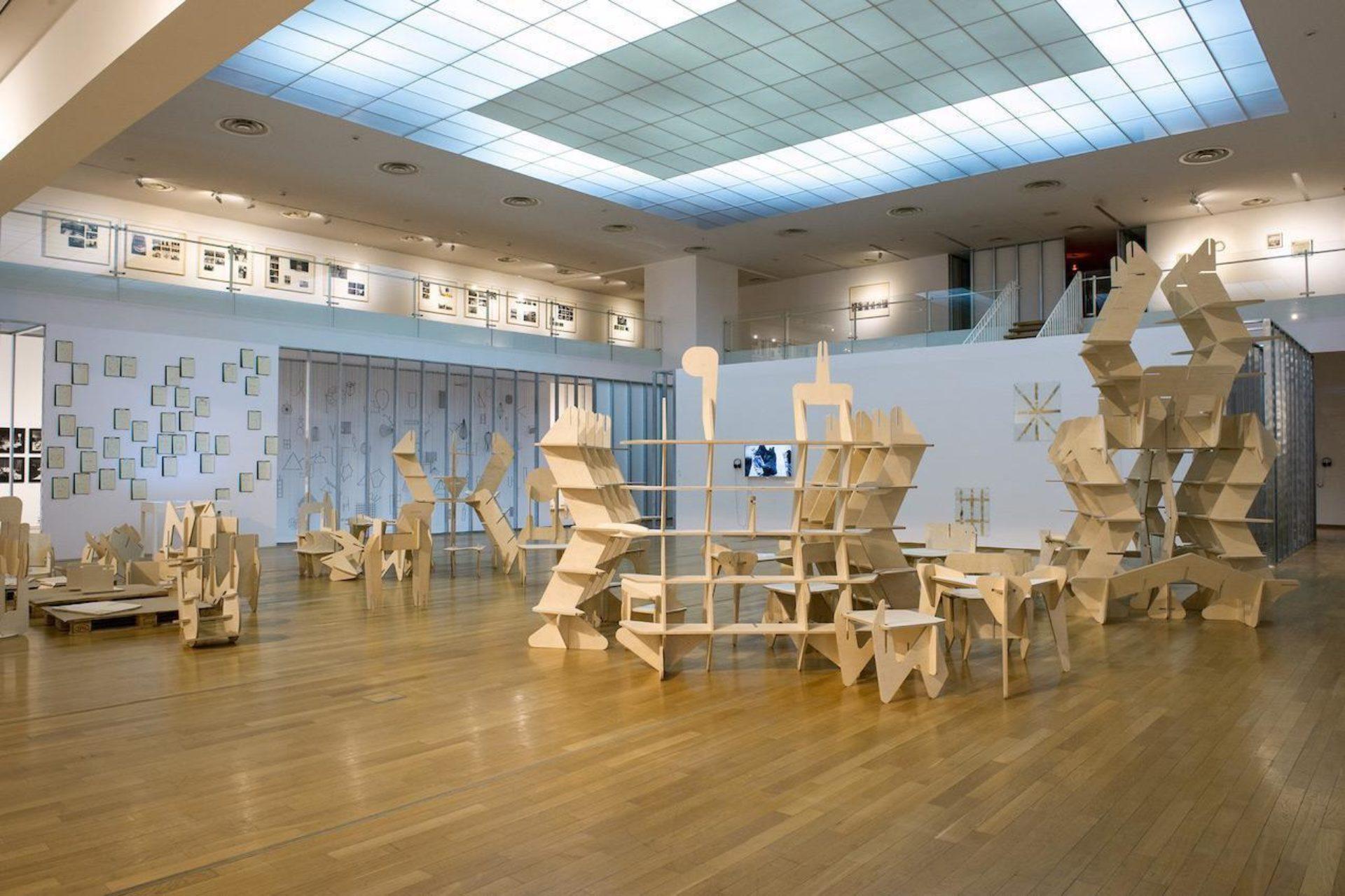 Tobias Putrih, Mudam Studio, 2006